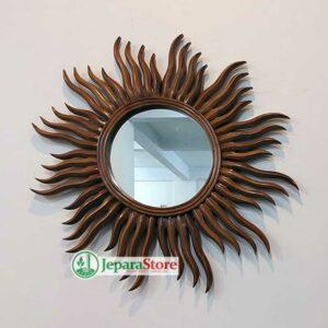 Cermin Dinding Unik