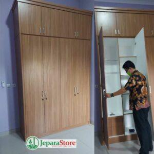 lemari pakaian hpl